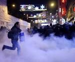 Policía turca arremete contra manifestantes en Estambul