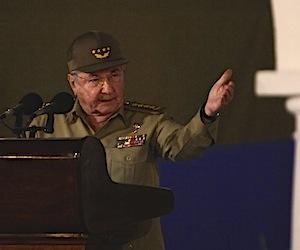 Discurso de Raúl en Santiago: No cederemos ante agresiones, chantajes ni amenazas
