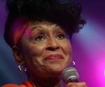 Premiarán a Omara Portuondo en Festival La Mar de Músicas 2014