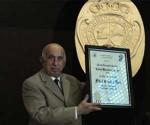 Confieren a Fidel el Premio Nacional de Derecho 2013
