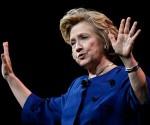 Hillary Clinton considera postularse a la presidencia de Estados Unidos
